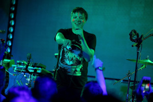 LOS ANGELES, CA - MAY 28:  Musician Robert DeLong performs onstage at the Lexus Pop-Up Concert Series powered by Pandora on May 28, 2015 in Los Angeles, California.  (Photo by Mike Windle/Getty Images for Pandora Media, Inc.)