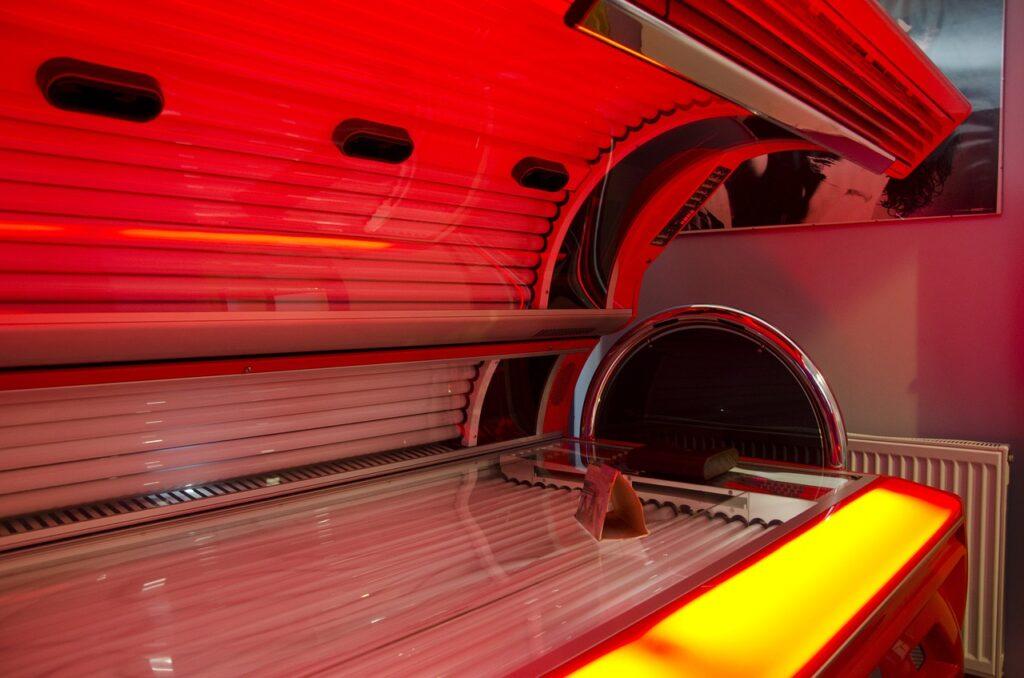 la-decade-tanning-bed